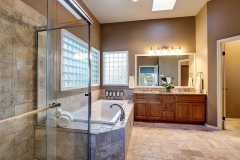 bathroom_granite_counter_top_bathtub
