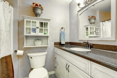 small_bathroom_granite_countertop