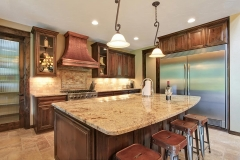 granite_countertops_in_kitchen