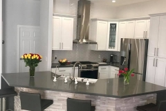 quartz_countertop_kitchen_remodel